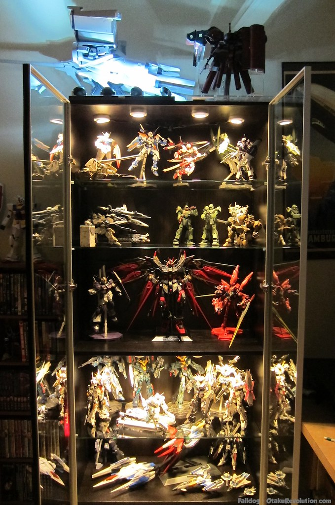 Gunpla Display Cabinet Otaku Revolution