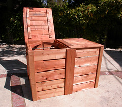 "2-Bin Montessori Compost Bin - 1 top open • <a style=""font-size:0.8em;"" href=""https://www.flickr.com/photos/87478652@N08/8048001138/"" target=""_blank"">View on Flickr</a>"