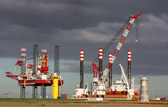 Offshore Wind Energy Base  Cuxhaven (cuxclipper ) Tags: offshore elbe windenergy windkraft cuxhaven windenergie basishafen