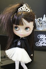 INGRID INGENUE ~  We are practicing our Blythe Fifth Avenue Photo Shoots ...