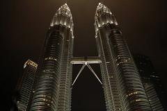The Impressive Petronas (Chandana Witharanage) Tags: malaysia kualalumpur petronastwintowers twins towers nightlight skyscrapers diagonal sooc