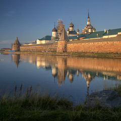 solovki (Sergey S Ponomarev) Tags: sergeyponomarev canon eos 70d nature architecture sunrise water reflections stone towers north nord travel russia russie russland europe trip journey landscape paysage paesaggio hdr august agosto summer colors monastery solovki orthodox christian church                  riflessi