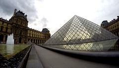 Muse Du Louvre (florencia mele fabris) Tags: piramidedellouvre museodellouvre museedulouvre paris gopro goprohero4 france palace du louvre pyramide 2016 piramide museo palacio