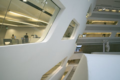 Library & Learning Centre by Zaha Hadid (Matthijs Borghgraef | Kwikzilver) Tags: matthijsborghgraef kwikzilver building interior wu wirtschatsuniversitt wien vienna college university library modern architecture by zaha hadid architects