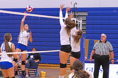 IMG_5438 (SJH Foto) Tags: girls volleyball high school lancaster mennonite pa pennsylvania team tween teen teenager varsity net battle spike block action shot jump midair burst mode