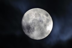 a break in the cloud (will668) Tags: uk greatbritain light shadow england sky cloud moon man face night dark lens photo exposure flickr image unitedkingdom pic astro fullmoon astrophotography astronomy imaging lunar