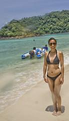 DSC09260 (andrewlorenzlong) Tags: beach water thailand boat sand sam bikini kohchang kohrang kohrangyai korangyai