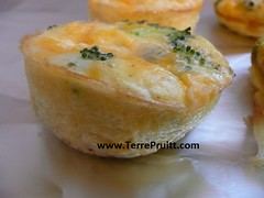 Muffin tin eggs for post 07.25.16 02 (Terre's Photos) Tags: danceexercise terrepruitt niateacher niabluebelt cpt sanjosenia sanjoseniaclasses sanjoseexerciseclasses wwwhelpyouwellcom wwwterrepruittcom sanjoseniateacher piyo pilates yoga exercise workout sanjoseworkout niasanjose danceexerciseclass danceworkout cardiodance groupexclasses ymca nia niaclass niatechnique sjcityfit