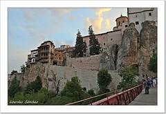 Nubes al atardecer - Cuenca (Lourdes S.C.) Tags: nwn nubes cielos ciudad casascolgadas casasdepiedra casasantiguas cuenca castillalamancha