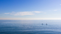 (Vctor Mndez (VM FotoVisual)) Tags: vmfotovisual vmfotovisualminimal minimal color colour azul blue mar cielo horizonte sea sky skyline canon600d barcelona deporte paddlesurf