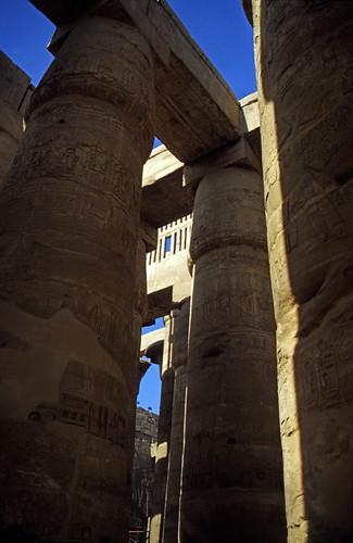"Ägypten 1999 (344) Karnak-Tempel:  Großer Säulensaal im Tempel des Amun-Re • <a style=""font-size:0.8em;"" href=""http://www.flickr.com/photos/69570948@N04/28804554330/"" target=""_blank"">View on Flickr</a>"
