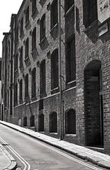 'Pleasant Architecture' (EZTD) Tags: eztd eztdphotography eztdphotos london londres londra londonimagenetwork londonist 2016 photos fotos londinium londonengland photosdelondres londonimages lin imagesoflondon nikond90 august2016 england foto photograph photography eztdgroup linphotos eztdfotos inglaterra angleterre ingles image allabouttheimage architecture mountpleasant wc1 old vieux pantherhouse theredbrickbuilding holborn