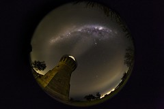 Barrenjoey Lighthouse (muvro) Tags: barrenjoey lighthouse northernbeaches sydney milkyway singleshot astro club16 canon canonl fisheye
