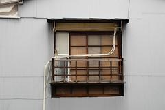 Yokosuka 160918 (Taro Jimkisbea) Tags: yokosuka window street architecture nikon p7100