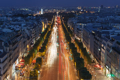 Paris blue hour magic (seryani) Tags: city longexposure nightphotography trip light vacation holiday paris france cars love car night canon dark champselysees atardecer noche town avenida europa europe traffic dusk amor ciudad august agosto coche bluehour francia iledefrance vacations vacaciones coches anochecer 2012 oscuridad hollidays canonef2470f28l horaazul ciudaddelaluz canonef2470 ciudaddelamor 1dmarkiv avenuedeschampselysees canoneos1dmarkiv august2012 trafico camposeliseos exposicionlarga agosto2012