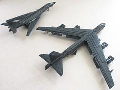 USAF heavy bombers (2) (Mad physicist) Tags: lego aircraft military buff bone bomber usaf lancer b52 b1b stratofortress b52h
