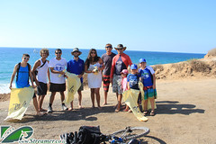 IMG_4943 (Streamer -  ) Tags: ocean sea people green beach nature ecology up israel movement garbage group cleanup clean bags friday  nonprofit streamer initiative enviornment gute    ashkelon         ashqelon   volonteers