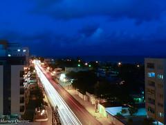 E a cidade no para... (Marney Queiroz) Tags: luz noturna noite rastro exposio longa queiroz marney panasonicfz35 marneyqueiroz