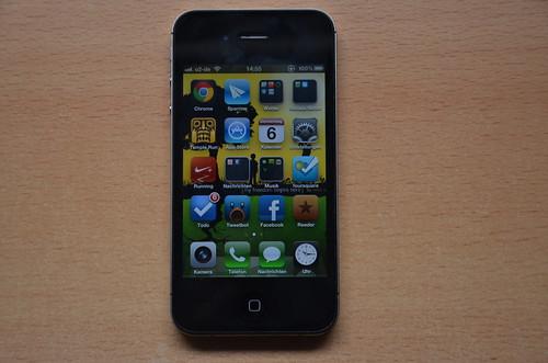 apple 4s iphone homescreen