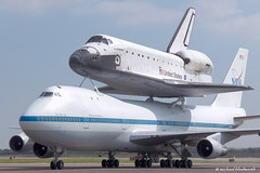 Shuttle turn in, side (MichaelB in Houston) Tags: sca houston nasa shuttle ellington endeavour efd