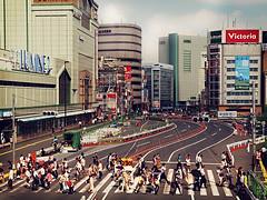 (k-rlitos) Tags: street people japan tokyo shinjuku crowd olympus   japon tokio e620