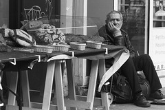 Poverty In Paris (Bcasso) Tags: poverty blackandwhite bw paris photo contemporary in pauvret capitalcities 40d povertyinparis bcasso bjrnrisson bjornthorisson pauvretenparis