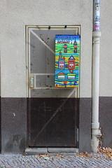 arto-mat (woloehr) Tags: door streetart berlin graffiti tür neukölln weserstrase kunstautomat