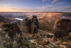 The Trinnacle (andy_AHG) Tags: rural outdoors rocks peakdistrict scenic moors pennines britishcountryside dovestones northernengland landscapephotography saddleworthmoor beautifullandscapes greenfieldbrook ravenstonesbrow ashwayrocks