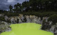 The Devil's Bath (Tom Green Photo) Tags: newzealand landscape rotorua geothermal waiotapu devilsbath geothermalwonderland