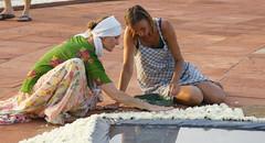 joy_at_work_5712 (Manohar_Auroville) Tags: sri aurobindo birthday auroville matrimandir urn amphitheatre decorations flowers beauty beauties girls manohar luigi fedele 15816