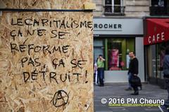 Manifestation pour l'abrogation de la loi Travail - 15.09.2016 - Paris - IMG_8371 (PM Cheung) Tags: loitravail paris frankreich proteste mobilisationénorme cgt sncf euro2016 demonstration manifestationpourlabrogationdelaloitravail blockaden 2016 demo mengcheungpo gewerkschaftsprotest tränengas confédérationgénéraledutravail arbeitsmarktreform lesboches nuitdebout antagonistischenblock pmcheung blockupy polizei crs facebookcompmcheungphotography polizeipräfektur krawalle ausschreitungen auseinandersetzungen compagniesrépublicainesdesécurité police landesweitegrosdemonstrationgegendiearbeitsmarktreform loitravail15092016 manif manifestation démosphère parisdebout soulevetoi labac bac françoishollande myriamelkhomri esplanadeinvalides manifestationnationaleàparis csgas manif15sept manif15 manif15septembre manifestationunitairecgt fo fsu solidaires unef unl fidl république abrogationdelaloitravail pertubetavillepourabrogerlaloitravaille