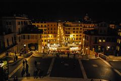 Piazza Spagna, Roma (Leandro Fridman) Tags: piazza piazzaspagna roma calle ciudad urbano cielo noche nocturno nikond60 nikon d60