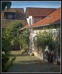 L8002962  -  Old Barn (Max-Friedrich) Tags: leica leicam8 summarit 50mm leitz outdoor gebäude architektur
