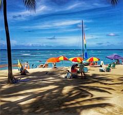 Beach Scene (jcc55883) Tags: beach kuhiobeachpark waikikibeachcenter kalakauaavenue hawaii oahu sky clouds ocean pacificocean ipad ipadair
