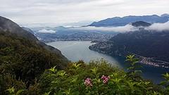 2016 9 18 Lanzo d'Intelvi, Lugano Gandria e il Lago di Lugano visti dal Belvedere (mario_ghezzi) Tags: lanzodintelvi intelvi valledintelvi lombardia italia marioghezzi cameraphone samsung samsungsmg530fz noreflex 2016 lago lugano gandria ceresio svizzera cantonticino ch nuvole lagodilugano lagoceresio