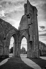 267/366: It's ruined [Explored] (judi may) Tags: 366the2016edition 3662016 day267366 23sep16 glastonburyabbey glastonbury somerset blackandwhite mono monochrome framing shadows sunflare sky clouds canon7d ruins architecture building