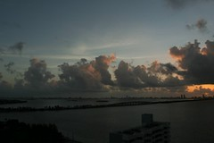 Another sunrise timelapse (__Dori__) Tags: sunrise canon movie 350d timelapse florida miami linux miamibeach convert imagemagick mencoder 20120829