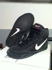 Og speedsweeps (FairportWrestler) Tags: black stars shoes wrestling 11 nike asics rwb ultimates wrestlingshoes speedsweep nikewrestling ultrateks