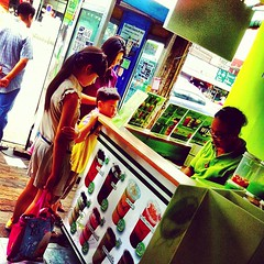 Happy Sunday! (TeaO&Crepes) Tags: square thailand bubbletea tea drink bangkok lofi sierra squareformat boba rise hefe taiwanese pearltea amaro pearlmilktea ngamwongwan teao iphoneography instagramapp