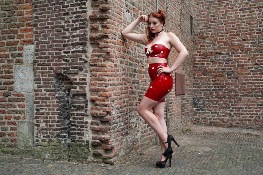 putaria pleasure escort amsterdam