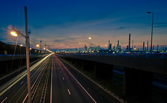 europoort, rotterdam (Planetmonkeys) Tags: longexposure sunset holland cars netherlands windmill night sunrise canon lights rotterdam highway motorway cloudy nederland shell fast netherland maas esso beneluxtunnel zuidholland botlek europoort southholland a15 nederlande planetmonkeys