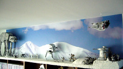"Battle of Hoth diorama - rebel snowspeeder sweeps over the scene, approaching imperial forces • <a style=""font-size:0.8em;"" href=""http://www.flickr.com/photos/86825788@N06/7949272360/"" target=""_blank"">View on Flickr</a>"