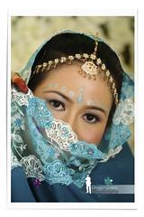 Malay Bride - Indian Saree (Ringgo Gomez) Tags: nikon80200mm topseven anawesomeshot malaysianphotographers concordians elitephotography nikond700 perfectphotographers sarawakborneo thebestshot flickraward5 flickrawardgallery