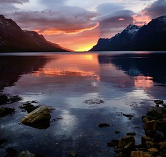 my favorite stone, my favorite fjord and this sunset (John A.Hemmingsen) Tags: sunset sky sun seascape reflection landscape nordnorge troms troms ersfjordbotn nikkor1685dx nikond7000