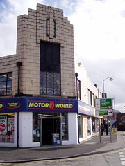 Crewe Art Deco, seen in March 2009 (DizDiz) Tags: uk england cheshire crewe olympusc720uz motorworld chevronpattern