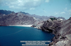 "Landscape shot in Aden 1965, 1966 or 1967 (Ivor ""Taff"" Davies) Tags: ocean sea mountains beach landscape coast scenery 1966 1967 yemen 1960s 1965 aden scannedslide mountainrange gulfofaden arabianpeninsula adenharbour voigtländervitoc"