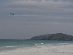 IMG_1430 Tràigh Eais (guillbro) Tags: island scotland westernisles outerhebrides twinotter isleofbarra