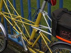 My Bike by Blue Railings (cycle.nut66) Tags: blue green bike bicycle wheel yellow bronze clamp four gold grey cycling bottle triangle allen ride post marathon seat rear wheels olympus cage chain riding v cables cycle brakes bolts pedals parked noodle dual avid pivot 27 railings zuiko carrier spd tyre thirds moulton evolt stronglight tsr carradice e510 unified mudguards separable shcwalbe tsr27