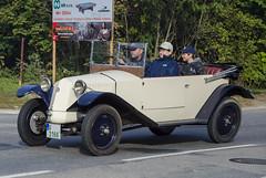 Tatra 12 Cabriolet (1932) (The Adventurous Eye) Tags: classic car race 1932 climb do hill brno 12 rallye tatra cabriolet kabriolet závod soběšice vrchu brnosoběšice