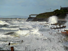 High Tide at Barmouth. (Defabled) Tags: yahoo:yourpictures=waterv2